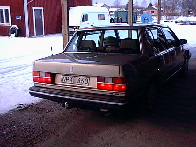 volvosweden.se/images/Volvo_Projekt/Bettan/USA%20bakljusen%20p%C3%A5.jpg