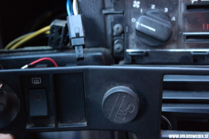 volvosweden.se/images/Volvo_guider_manualer/Guider/Bl%C3%A5%20diod%20belysning%20t%C3%A4ndningsnyckel/Bl%C3%A5%20diod%20belysning%20t%C3%A4ndningsnyckel%2011.JPG