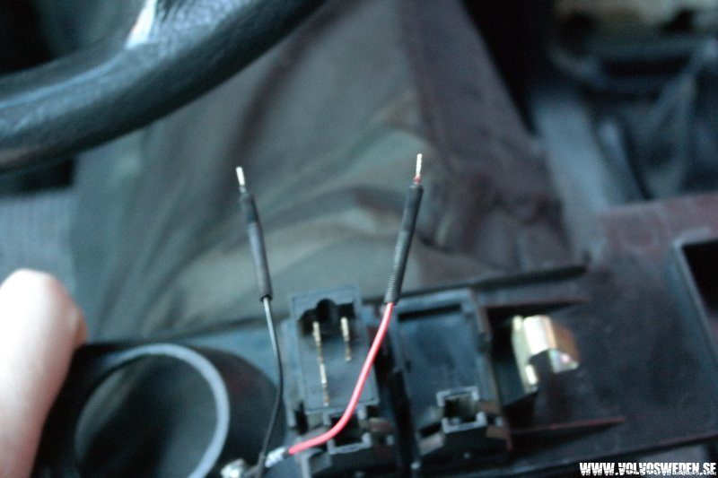 volvosweden.se/images/Volvo_guider_manualer/Guider/Bl%C3%A5%20diod%20belysning%20t%C3%A4ndningsnyckel/Bl%C3%A5%20diod%20belysning%20t%C3%A4ndningsnyckel%2012.JPG