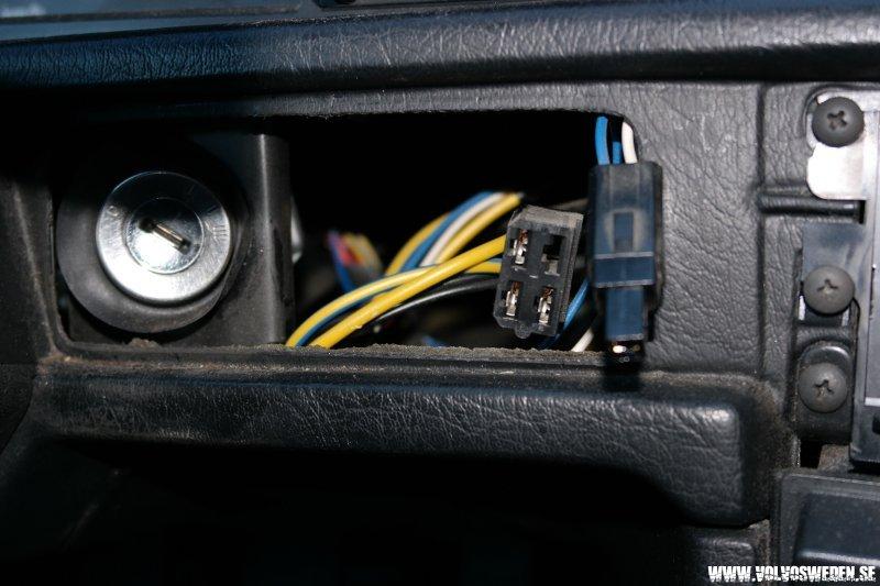 volvosweden.se/images/Volvo_guider_manualer/Guider/Bl%C3%A5%20diod%20belysning%20t%C3%A4ndningsnyckel/Bl%C3%A5%20diod%20belysning%20t%C3%A4ndningsnyckel%205.JPG