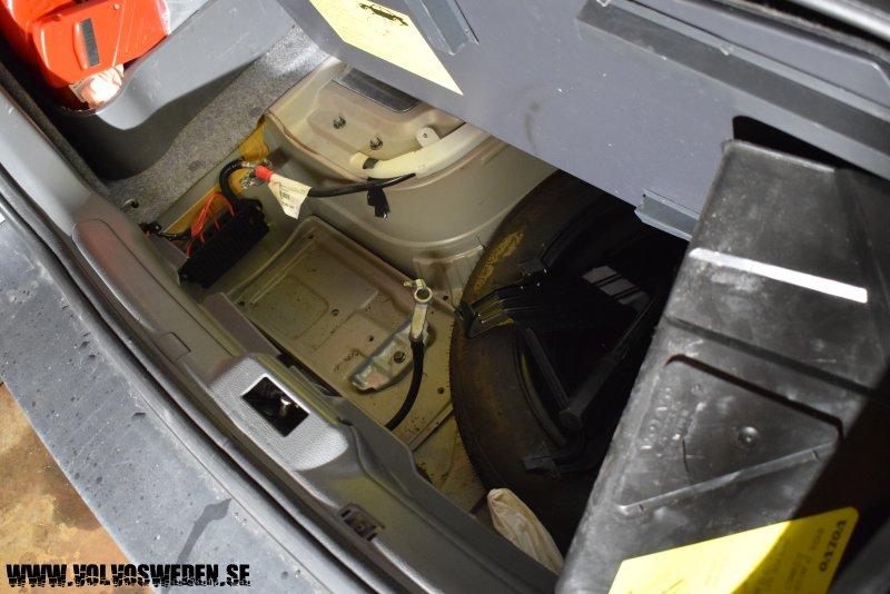 volvosweden.se/images/Volvo_guider_manualer/Guider/Byta_generator_Volvo%20S60_S80_V70_XC70_XC90/Byta_generator_Volvo%20S60_S80_V70_XC70_XC90%202.JPG
