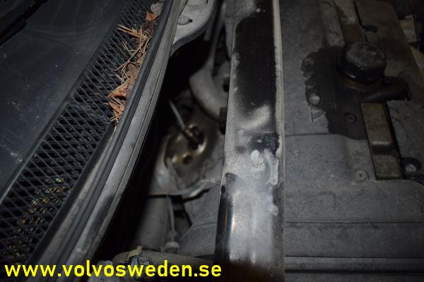 volvosweden.se/images/Volvo_guider_manualer/Guider/Byte%20av%20Lambdasond%20eller%20syresensor%20Volvo%20V70_S60_S80_XC70/Byte_av_fr%C3%A4mre_bakre_lambdasond_syresensor_Volvo_V70_S80_S60_XC70.JPG