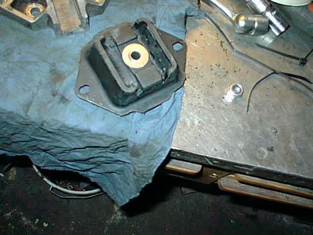 dl.dropboxusercontent.com/u/757034/Guider/Volvo%20740%20byte%20vxl%20l%C3%A5ds%20f%C3%A4ste/Ny%20gummikudde.jpg