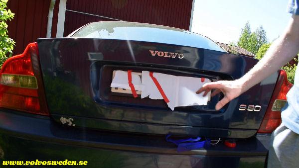 volvosweden.se/images/Volvo_guider_manualer/Guider_Artiklar/How-to-install-setup-a-wifi-rear-view-camera-on-your-car/Hur-man-monterar-wifi-backkamera-p%C3%A5-din-bil%20%2812%29.jpg